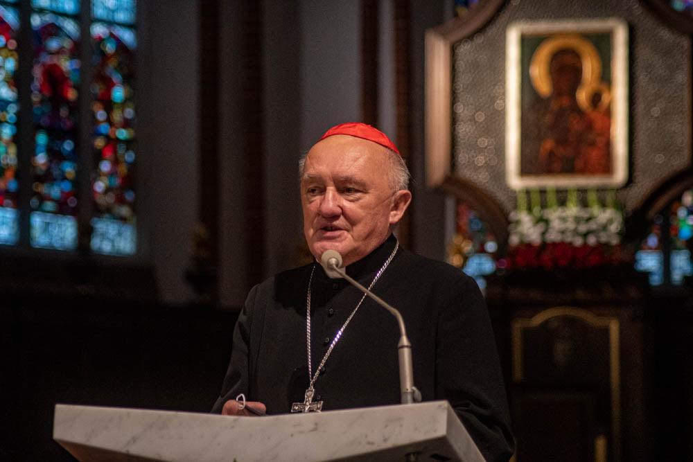 Kardynał Kazimierz Nycz doKSM: ToWy musicie odnaleźć drogę porozumienia irozwoju
